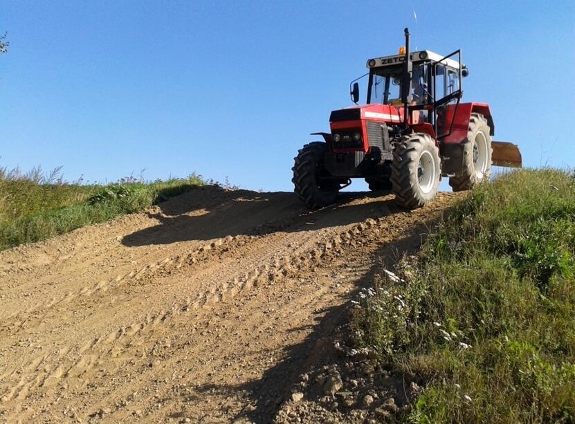 Staň se traktoristou