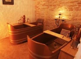 Pivní koupel s masáží pro dva