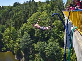 Bungee jumping Zvíkov