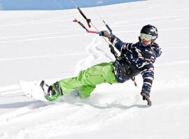 Kurz snowkitingu