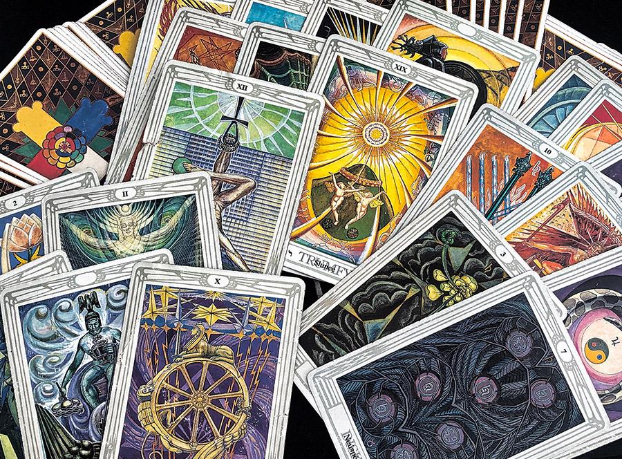 Výklad karet aneb věštění budoucnosti