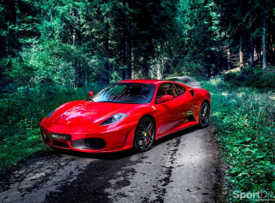 Jízda ve Ferrari F430 - 60 minut