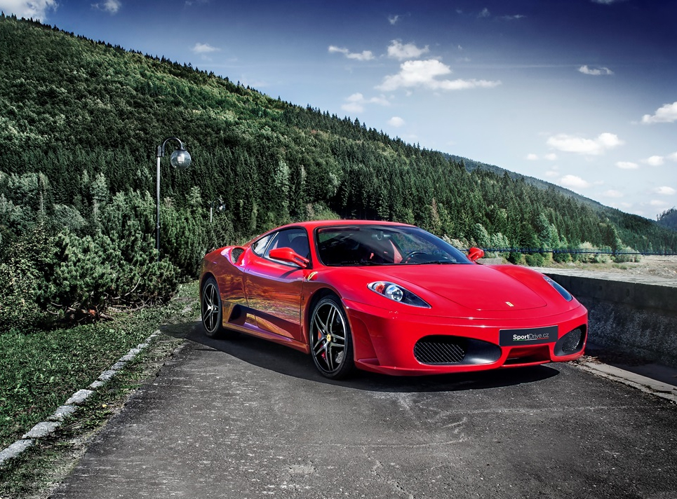 Jízda ve Ferrari F430 - 30 minut