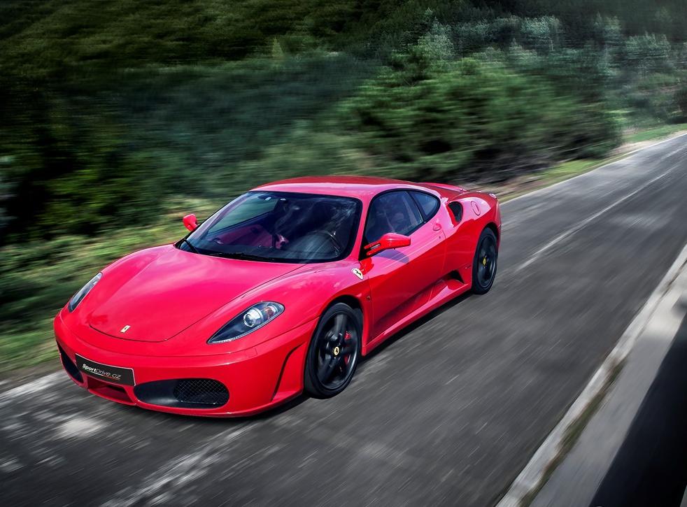 Jízda ve Ferrari F430 - 15 minut