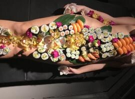 Nyotaimori - body sushi