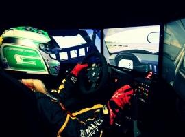 Jízda na závodním simulátoru