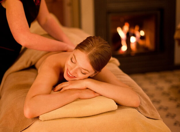 randění s masážním terapeutem