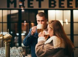MeetBeer večeře pro dva + all you can drink