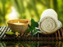 Thajská masáž eukalyptovým olejem